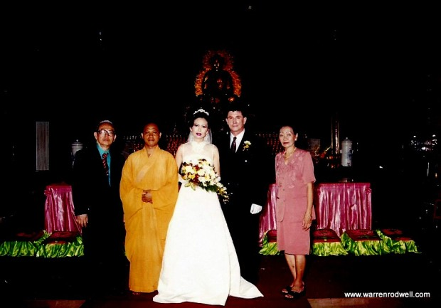 warren-r-rodwell-buddha-wedding-1